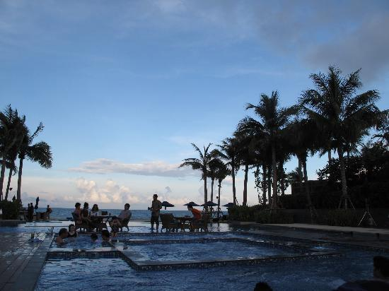 InterContinental Hua Hin Resort: waiting for sunset