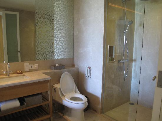InterContinental Hua Hin Resort: Bathroom