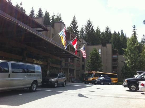 Tantalus Lodge: The hotel's exterior