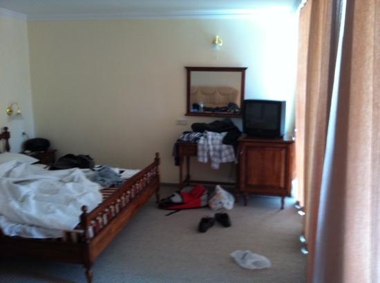 Hotel Mercury: room
