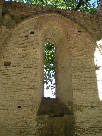 Chiusdino, Italy: Foto dell'interno