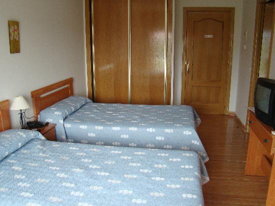 Hotel Godofredo : habitación