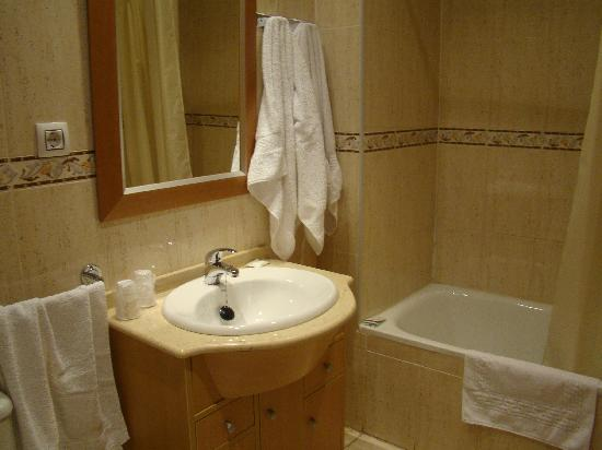 Hotel Godofredo : baño