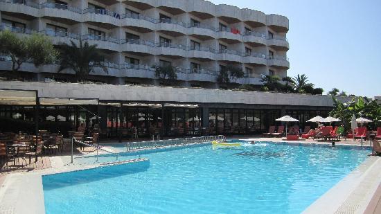 Hotel Serrano Palace: Poolbereich