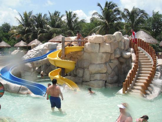 Sandos Caracol Eco Resort: Swimming pool for kids