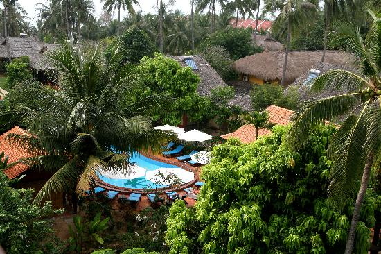 Terracotta Resort: pool (view from my room)