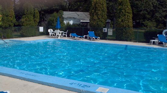 Four Points by Sheraton Eastham Cape Cod: Outdoor pool