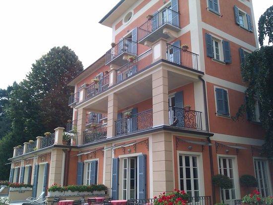 Hotel Residence La Luna Nel Porto: L'hôtel