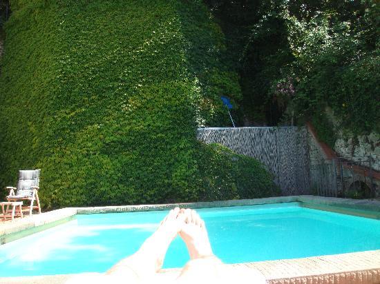 FH Villa Fiesole Hotel: Pool size :-(