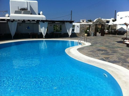 Hotel Jason: The pool!