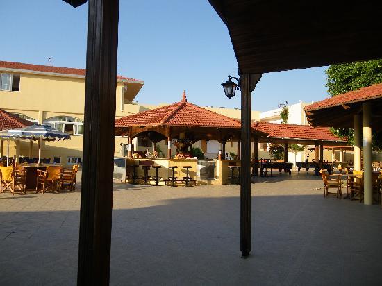 Fantasy Hotel: bar