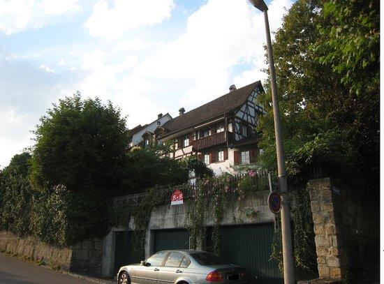 Eglisau, Schweiz: View of B&B from riverside and parking spot