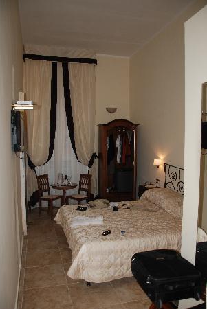 โรงแรมเล คลาริสเซ อัล แพนธีออน: Zimmer
