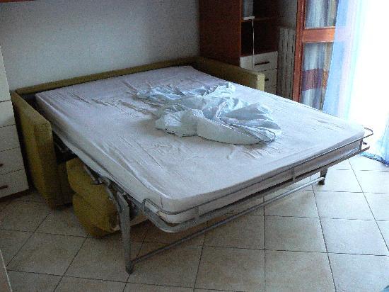 La Valle del Sole B&B: Le divan lit