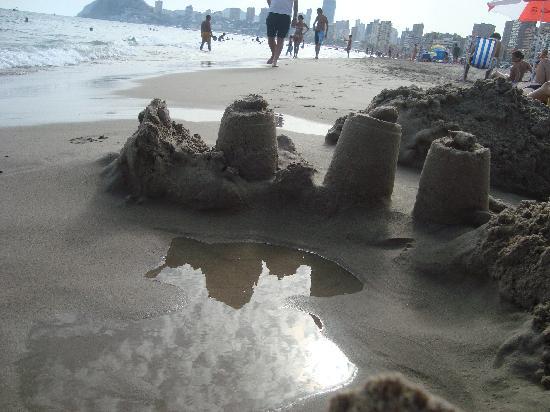 Playa de Poniente: The sea