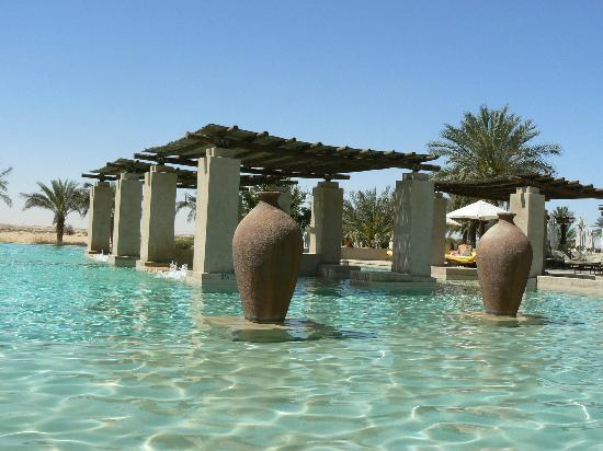 Bab Al Shams Desert Resort & Spa: Una spledida piscina