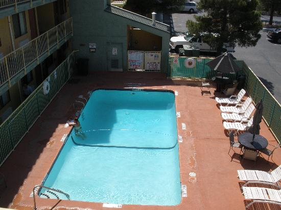 Days Inn EL Paso Airport East: Pool