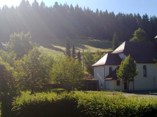 Bubenbach, Deutschland: Blick zur Kirche