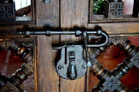 Hotel Boutique Casa de Campo: Gate Lock