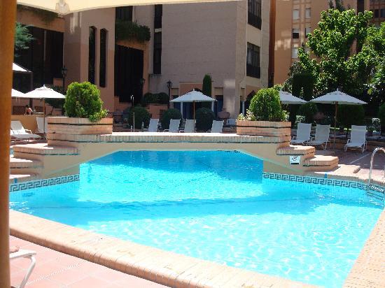Saray Hotel: piscine