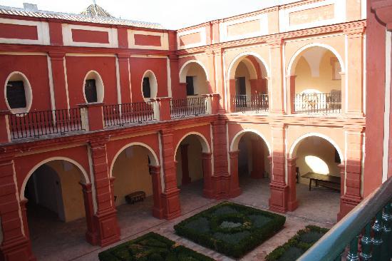 Пальма-дель-Рио, Испания: Uno de los patios interiores