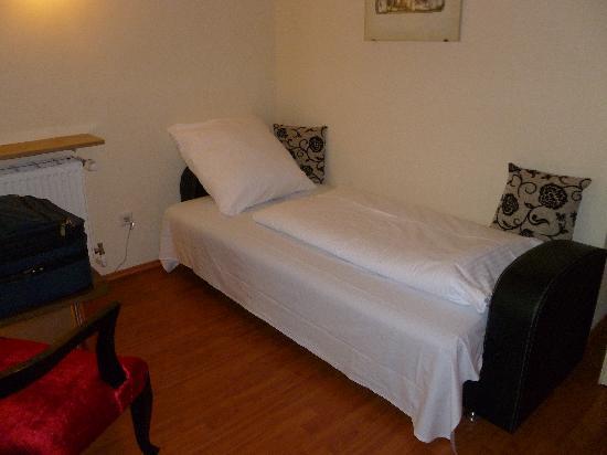 ATLAS Sporthotel: 2nd bed