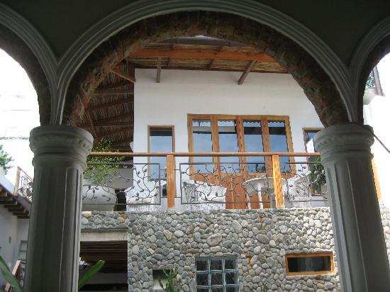 Casa Verde Hotel: patio