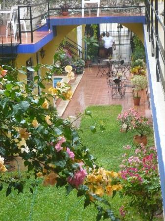 Hotel Mucuy: vista de la habitacion