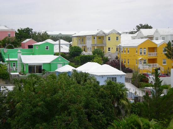 Robin's Nest: Colours of Bermuda from our balcony
