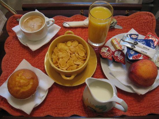 Sunflower B&B Hotel: Awesome breakfast!
