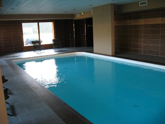 piscine au sous sol photo de r sidence grand massif morillon tripadvisor. Black Bedroom Furniture Sets. Home Design Ideas