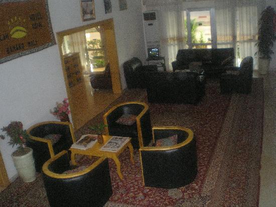 Hotel Royal : Reception - Main Hall