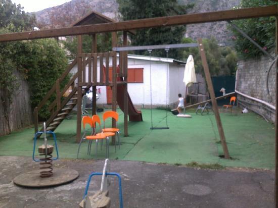Villaggio Costa Alta: SOTTOSPECIE DI SPAZIO BIMBI