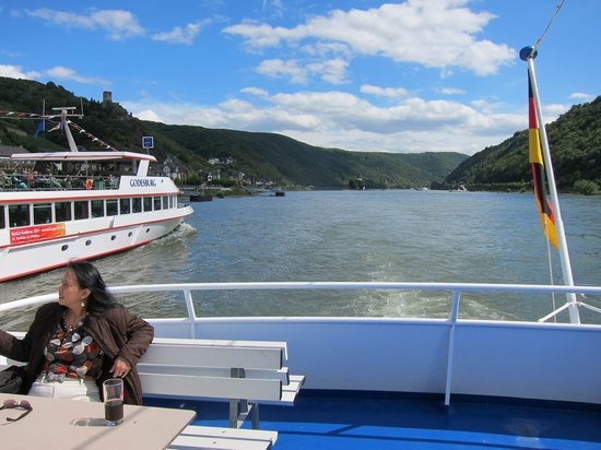 ETS Sightseeing Tours: The 90-minute boat ride covered the best part of the Rhine