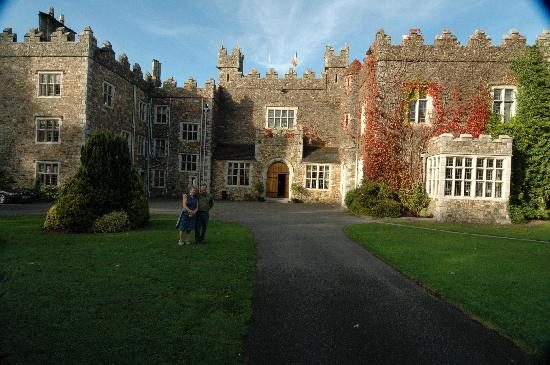 Waterford Castle Hotel & Golf Resort: Beautiful castle, with friends in foreground