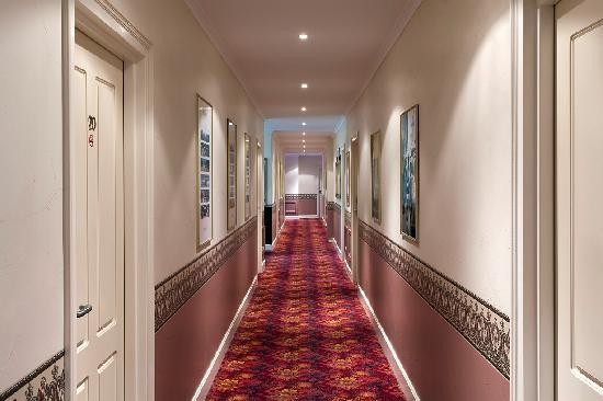 恩塞納達套房汽車旅館照片