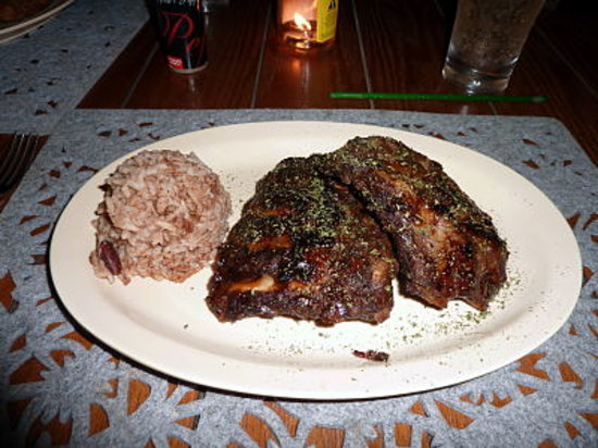 Coconut Junction: ribs, rice&beans