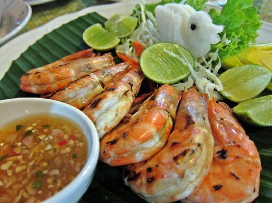 Bussaba Thai Restaurant : grilled prawns