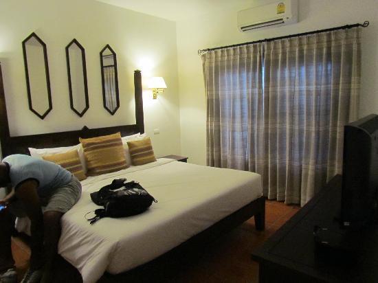 โรงแรมริมปิง วิลเลจ: partie coucher