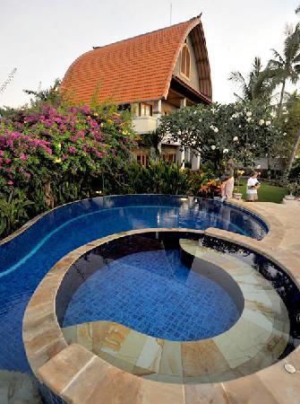Cleopatra Beach Bungalows: Cleopatra Pool