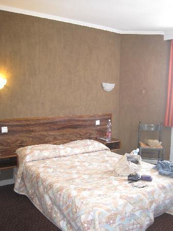Hotel de l'Etoile: stanza da letto a De l'Etoile