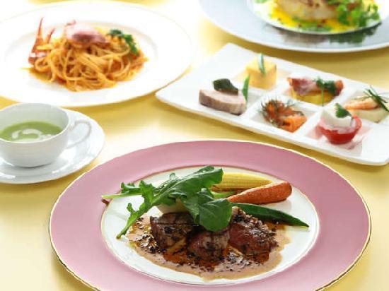 Hotel Quest Shimizu: dinner course at Italian restaurant Quomo