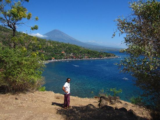 Beten Waru Bungalows and Restaurant: Just a few minutes away... stunning view on Mont Agung