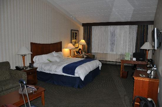 DoubleTree by Hilton Hotel Pittsburgh - Monroeville Convention Center : Corner Room