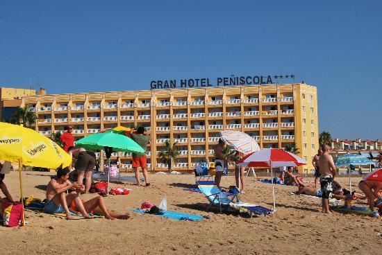 Gran Hotel Peniscola : Vista del Hotel desde la Playa