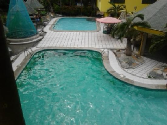 Hotel Consuelo: Swimming pools