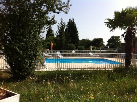 Hotel La Rocade : Vue depuis la chambre