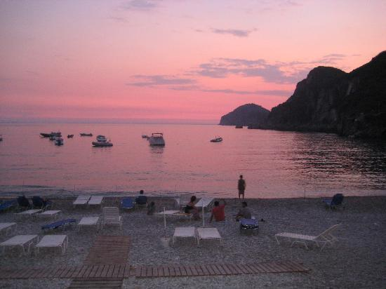 Liapades, Grecia: one of many sunsets from the restaurant
