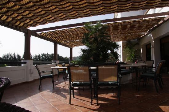 Albayt Resort: Rezeption, Restaurant und Wellness-Bereich
