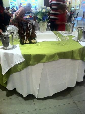 Evenia Olympic Palace: petit déjeuner le dimanche